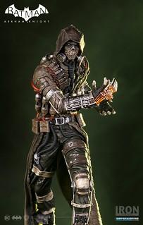 Iron Studios 蝙蝠俠:阿卡漢騎士【稻草人】Arkham Knight Scarecrow 1/10 比例全身雕像作品