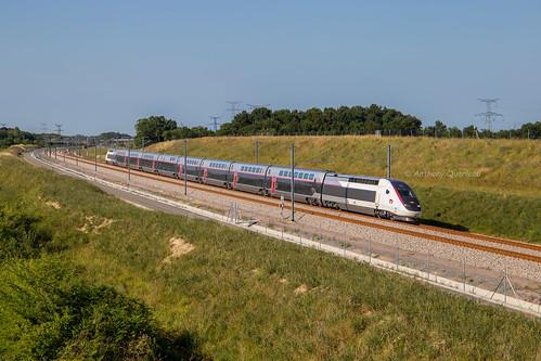 12 juin 2017 TGV D 863 Train 804507 St-Pierre-des-Corps -> Bordeaux Aubie-St-Antoine (33)