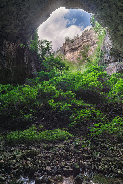 Devetaki Cave