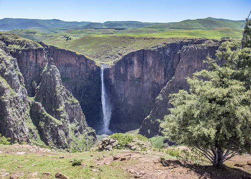 holiday vacation travel sawadee zuidafrika southafrica lesotho maseru semonkong maletsunyanefalls waterfall mountains smonkong lso