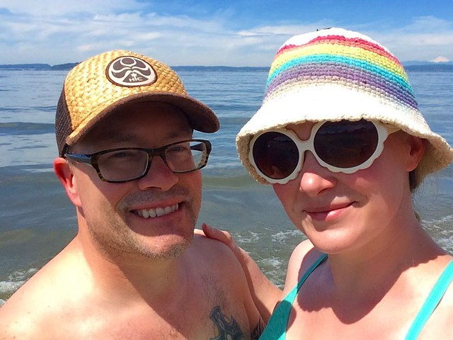 Your parents at the beach. 🌈💦