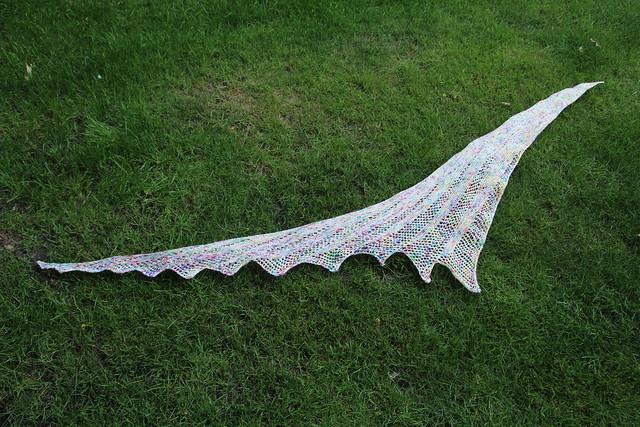 Frisson shawl