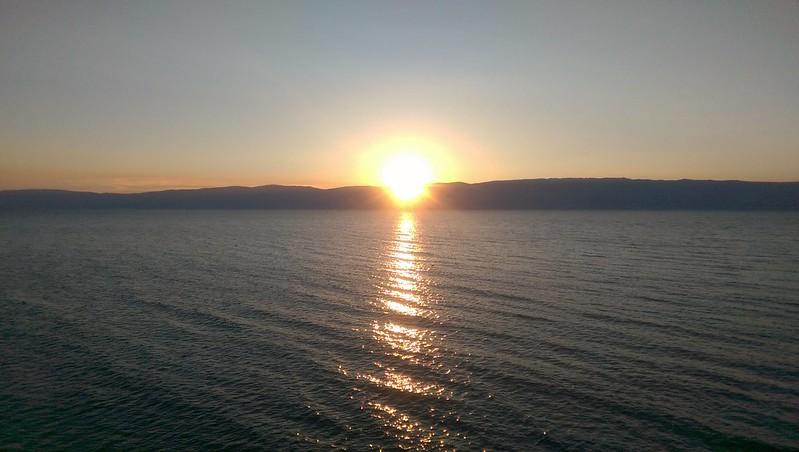 Zachód słońca na Olchonie