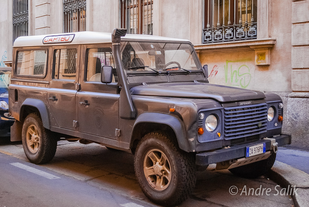 Land Rover Defender   DSC_6916