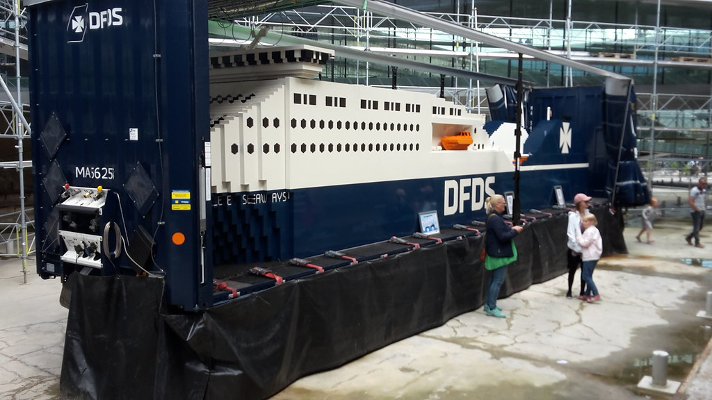 Jubilee Seaways by the employees of DFDS seaways at M/S Museet for Søfart