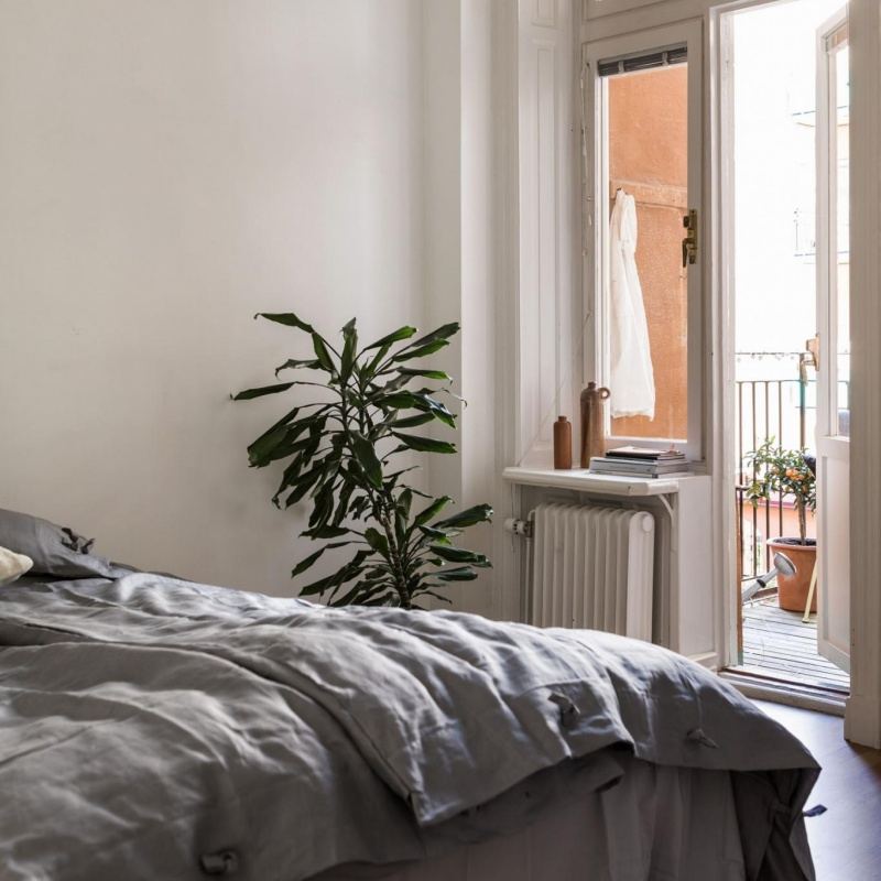 Simple Minimalist Apartment in Stockholm