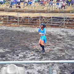 Meanwhile in Guatemala...Rodeo entertainment! . #locationindependent #guatemala #rodeo