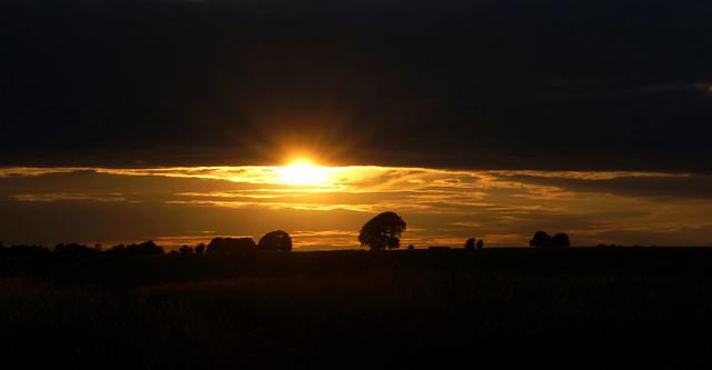 Salisbury Plain Sunset, Sony SLT-A77V, Sony 70-300mm F4.5-5.6 G SSM (SAL70300G)