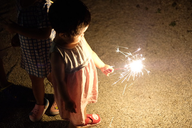 Her First Sparkler (X-Pro2 + XF35mm F2 R WR)