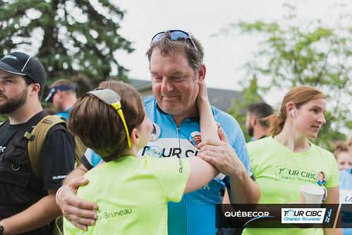 Grande arrivée : Québecor tient à féliciter les cyclistes!