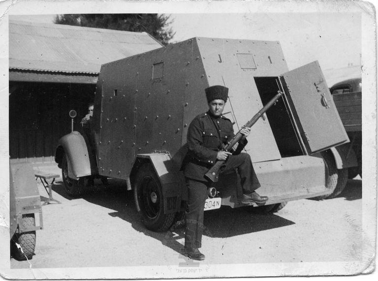 Armoured-car-1938-ybz-2