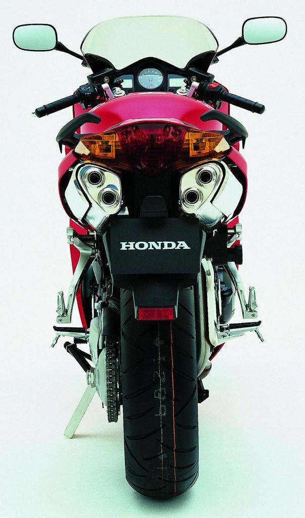 Honda VFR 800 V-TEC  RC 46 II 2003 - 1