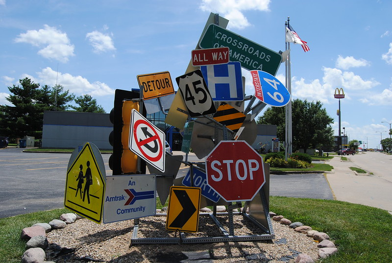 Road Sign Art, Mount Vernon, IL