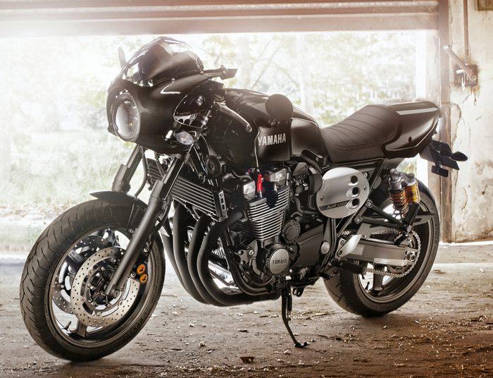 Yamaha XJR 1300 RACER 2015 - 14