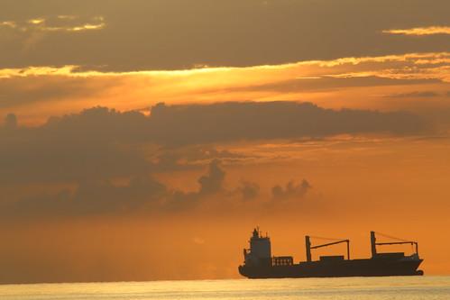 fortlauderdale florida ocean atlanticocean oceanfreighter sunrise a1a