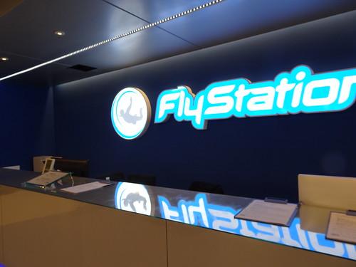 Flystationの建物の中