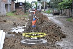 Construyen alcantarillado sanitario en la calle de Tacheve