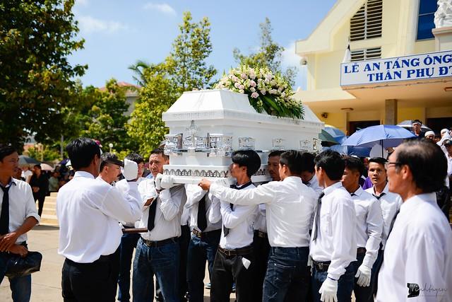 Lễ An Táng Thân Phụ Đức TGM Giuse Nguyễn Chí Linh - Ảnh minh hoạ 14