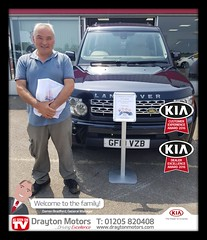 Mr Coupland collecting his Land Rover Discovery from Jack. Mr Coupland is a new customer of ours and we are delighted to welcome him into our family!