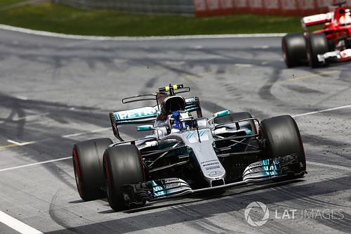 Bottas voitti 0,7 sek erolla Vettelin