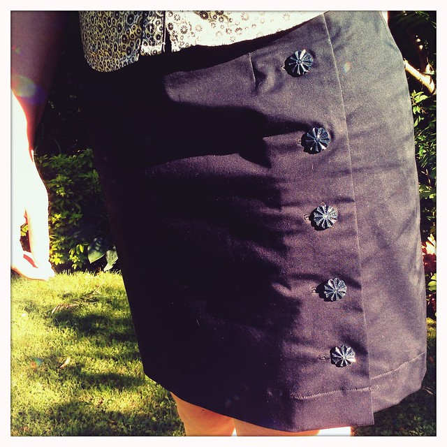 The black Arielle skirt