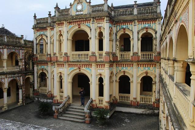 Hoang A Tuong Castle in Sapa