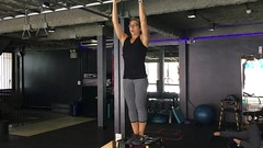 Next #pullup progression from @tenteerachot : pull-up holds. These are brutal. The pull-up itself is hard enough, then holding for 3 seconds and lowering as slow as possible for multiple reps sets my whole #upperbody on :fire:!
