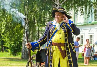 Theatre actor, uniformed troops Sweden