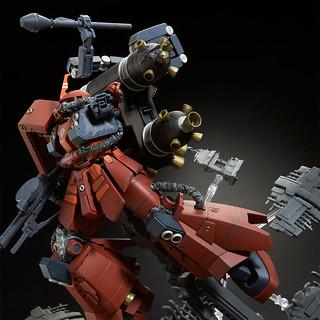 "MG 1/100《機動戰士鋼彈 雷霆宙域戰線》MS-06R 高機動型薩克 ""腦波傳導型薩克""  最終決戰Ver.【PB限定】"