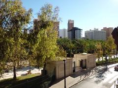 Fabulosas vistas al parque de L´Aigüera y al ayuntamiento. Muy soleado. Solicite más información a su inmobiliaria de confianza en Benidorm  www.inmobiliariabenidorm.com
