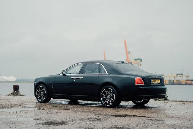 Rolls-Royce Ghost Black Badge (RR4)