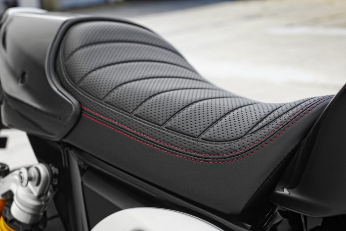Yamaha XJR 1300 RACER 2015 - 0