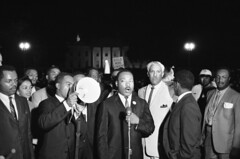 King calls for DC voting rights: 1965