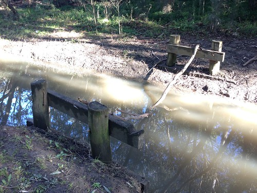 Destroyed or removed bridge, Bolin Bolin Trail