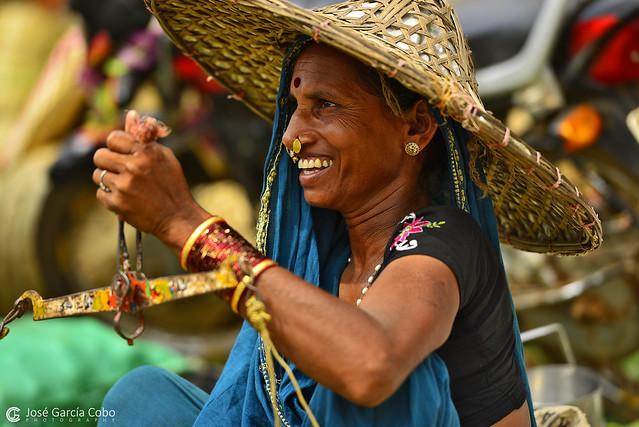 17-04-16 India-Orissa (83) Humma R01