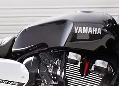 Yamaha XJR 1300 RACER 2015 - 12