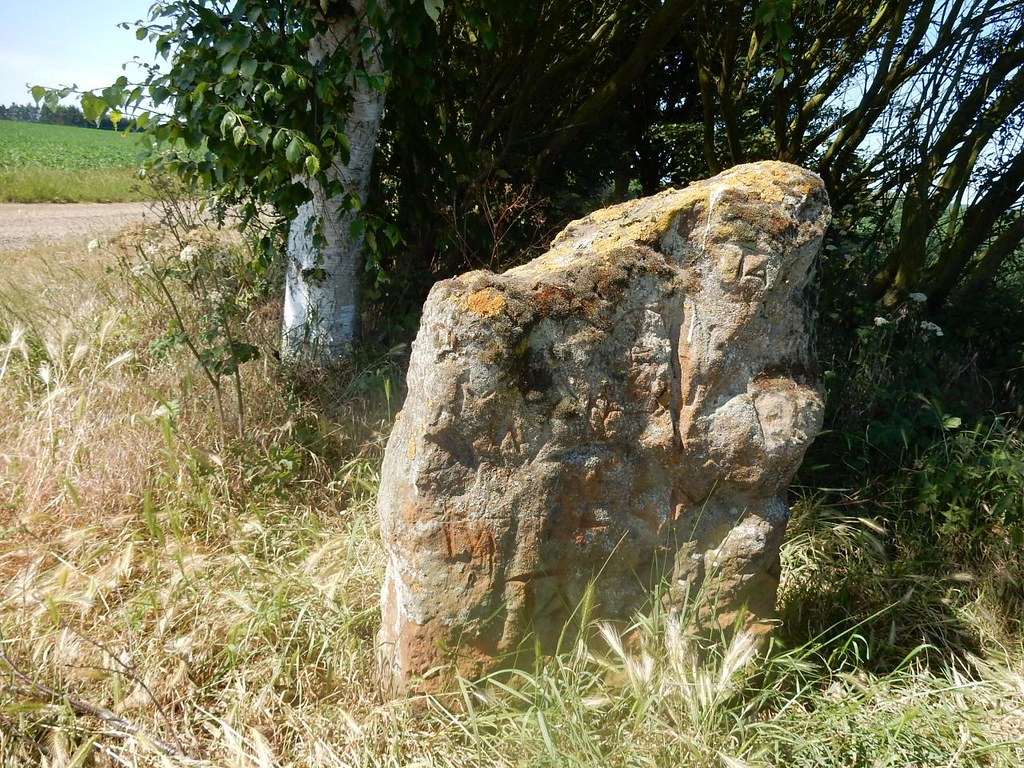 Mysterious marker stone Sandy to Biggleswade