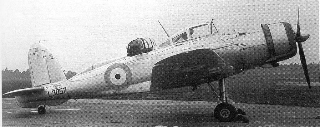 Blackburn_Roc_L3057_in_May_1939[1]