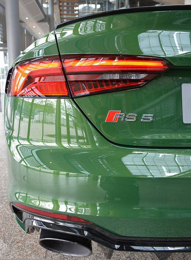 audi-forum-rs5-sonoma-green-6
