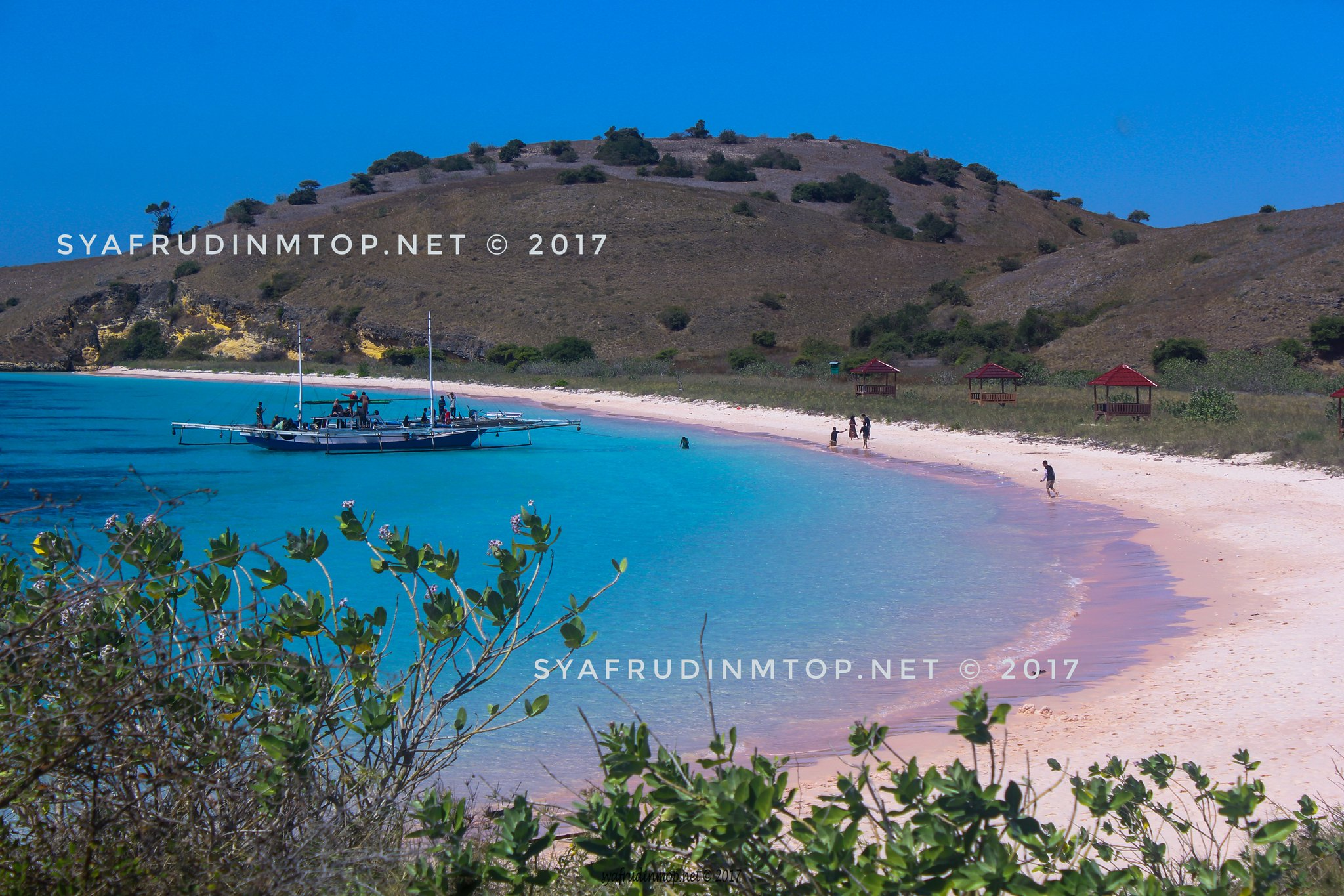 Pantai Pink Lambu Kab Bima