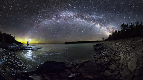 brucepeninsula brucepeninsulanationalpark ontario night nightlights nightsky stars starscape milkyway canada nationalparks aurora auroraborealis northernlights landscape lake lakehuron rocks shoreline panorama canon 6d rokanon14mmf28 longexposure shootingstar