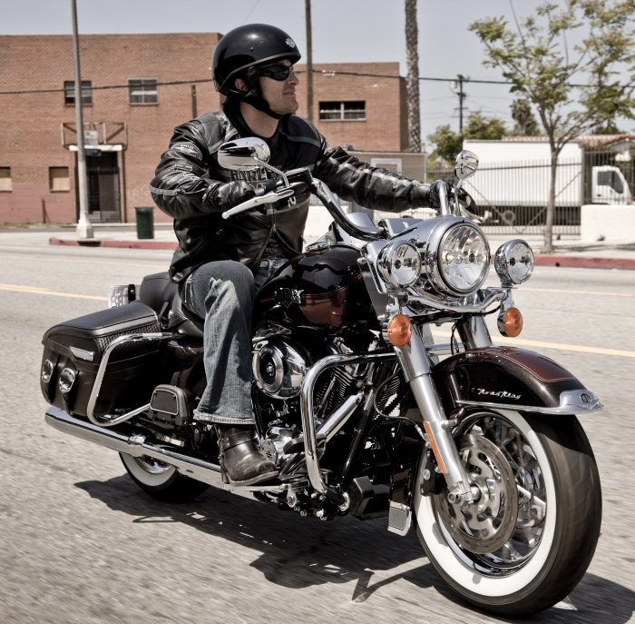 Harley-Davidson 1584 ROAD KING CLASSIC FLHRCI 2007 - 0