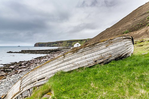 oldboat tunglending water sky summer sea day canon clouds cloud coast shore nationalgeographic ngc nature landscape photo picture outdoor iceland ísland tjornes tjörnes einarschioth