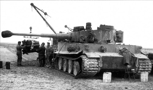 Changing the engine Maybach HL210 Tiger tank No. 141  1-th company 501 5th heavy tank battalion Tunisa 43