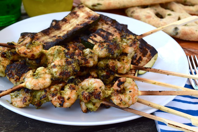 Weekend Barbecuing | www.rachelphipps.com @rachelphipps
