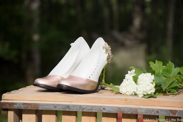 Mittatilaus Korkokengät Perhoskengät Cobblerina Kotimainen Käsityö Suutari Made To Measure Highheels Fashion Muoti butterfly heels nahkakengät kotimaiset tyyli muoti kenkä blogi