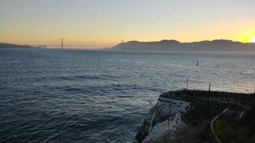 Golden Gate Bridge from Alcatraz (sunset)