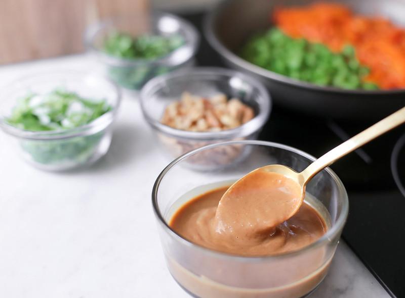 thai peanut butter noodle sauce recipe