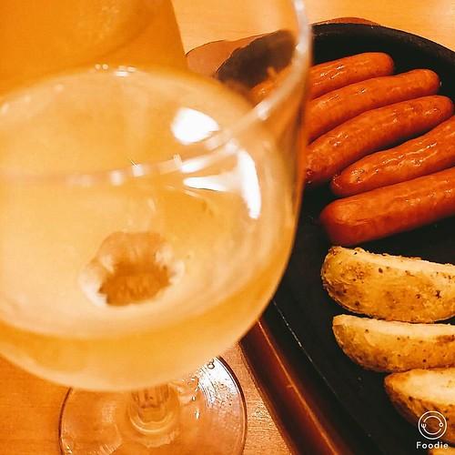 湯上がりの #サイゼリヤ 冷えたワインが美味
