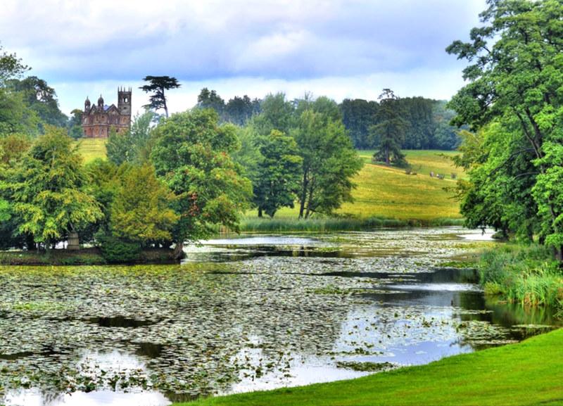 Stowe Gardens. Credit Baz Richardson